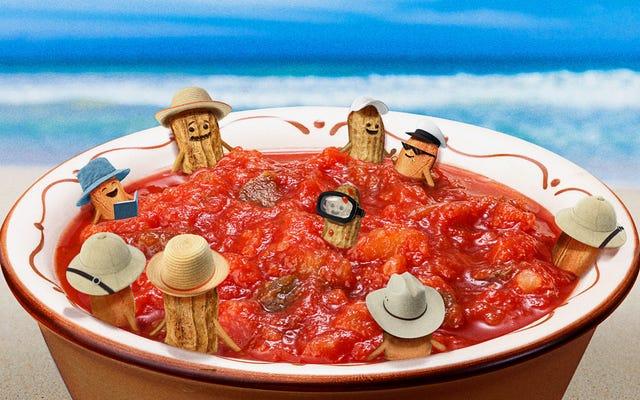 Salsa kacang. Ya, salsa kacang!