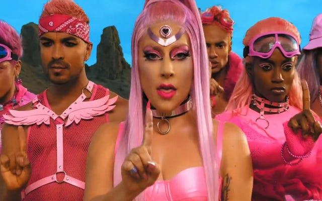 Lady Gaga revient à ses racines électro-pop - et canalise (encore) Madonna - sur Chromatica