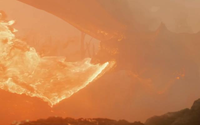 """В трейлере """"Новый Толкин"""" Смауг отправляется в битву с Первой мировой войной."""