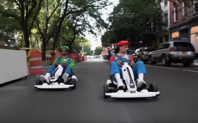 Deux gars ont recréé Mario Kart dans les rues de New York et cela ne s'est pas terminé en tragédie