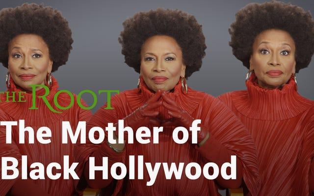 जेनिफर लेविस इज द मदर ऑफ़ ब्लैक हॉलीवुड एंड शी हैस रिसिप्ट्स टू बैक इट अप