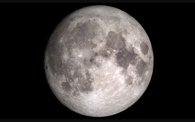 चंद्रमा में 'मूविंग वाटर' है, लेकिन डोंट ब्रेक आउट योर स्विमसूट