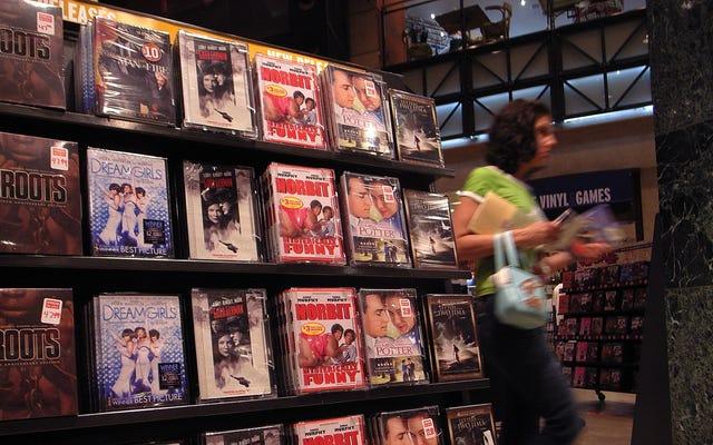 Powinieneś kupować płyty DVD zamiast polegać na Netflix