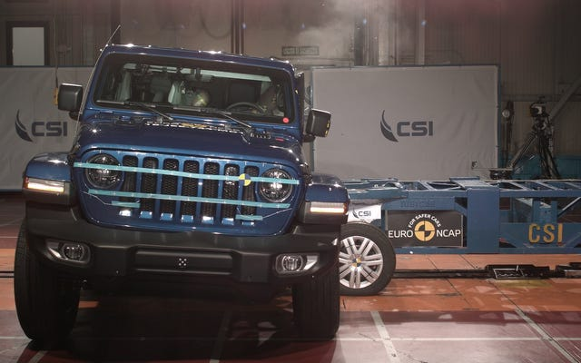 2018ジープラングラーがヨーロッパの自動車安全性能テストの一部を爆撃