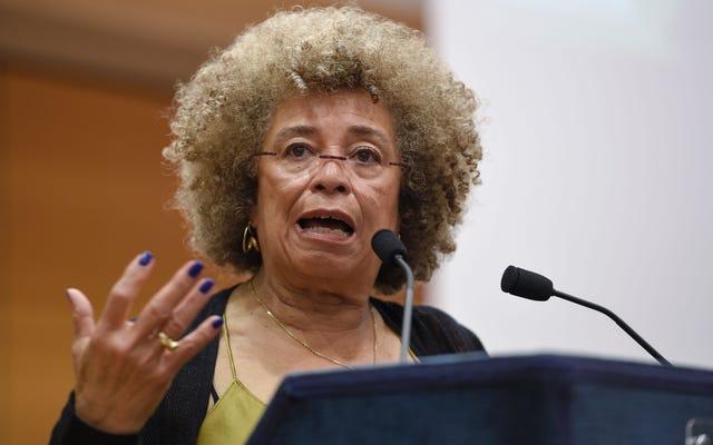 Butler University accusée d'avoir annulé l'événement d'Angela Davis en raison de son soutien à BDS