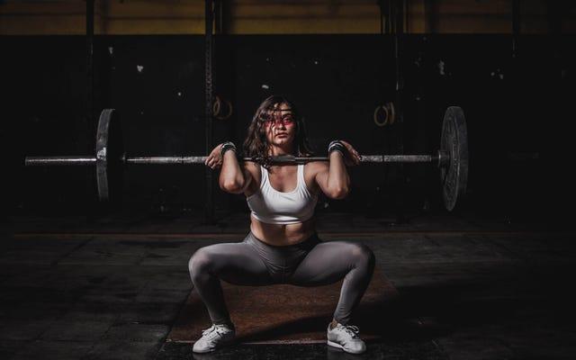 あなたの月経周期があなたのトレーニングにどのように影響するか