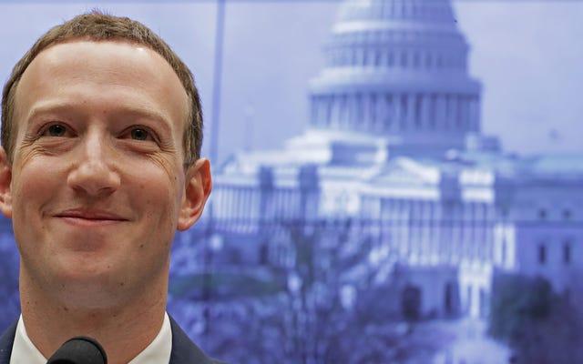 Facebook Memblokir Trump 'Tanpa Batas'