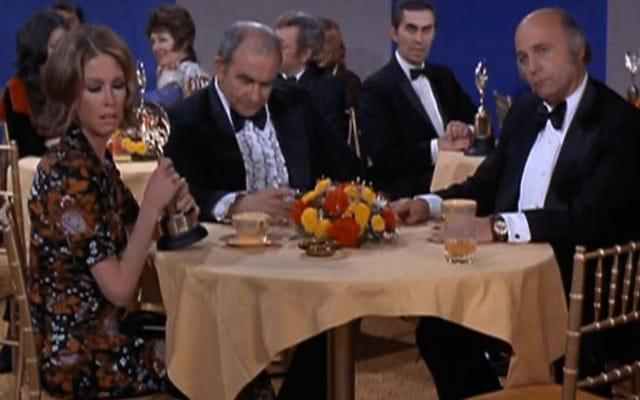 Solo los premios falsos eludieron a las estrellas de The Mary Tyler Moore Show