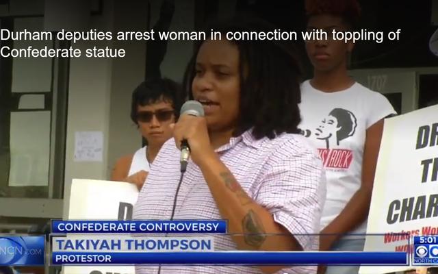 Người phụ nữ da đen bị bắt vì liên quan đến tượng liên minh bị hạ bệ tại cuộc biểu tình ở Durham, NC