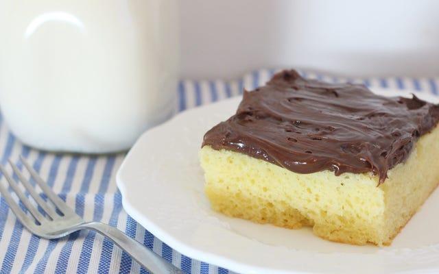 Transforme misturas de bolo dobrando em chantilly