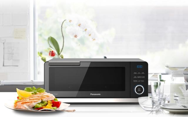 Panasonic veut transformer la cuisine à domicile avec son four à induction de comptoir