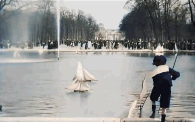 Profitez de cette promenade en couleur à travers Paris en 1896