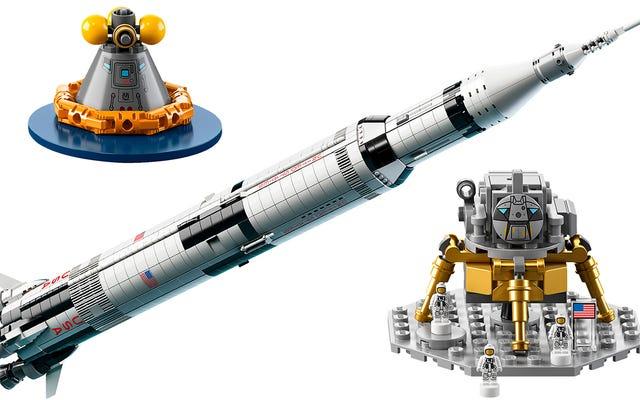 Vivi i tuoi sogni da astronauta con il razzo Apollo Saturn V della NASA di Lego alto un metro