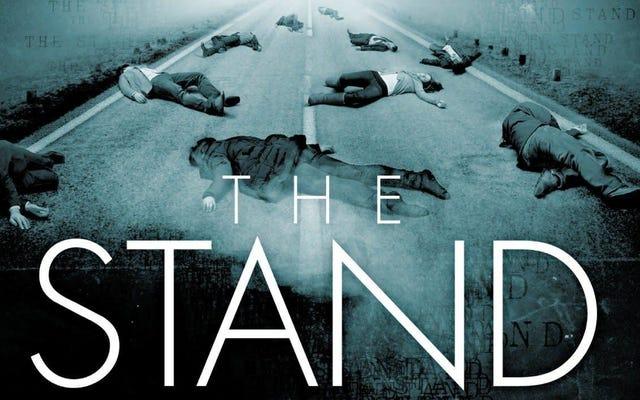 Notre premier regard sur l'adaptation du stand nous rappelle que le moment est terrible pour une série pandémique