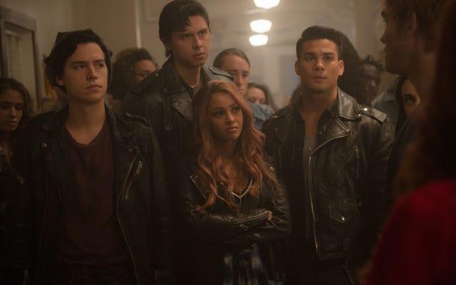 Riverdale yang kembali berjuang dalam upayanya untuk bergerak maju