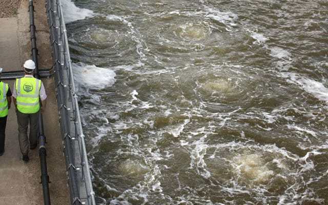 นี่คือความจริงอันโหดร้ายของการเปลี่ยนน้ำทะเลให้เป็นน้ำดื่ม