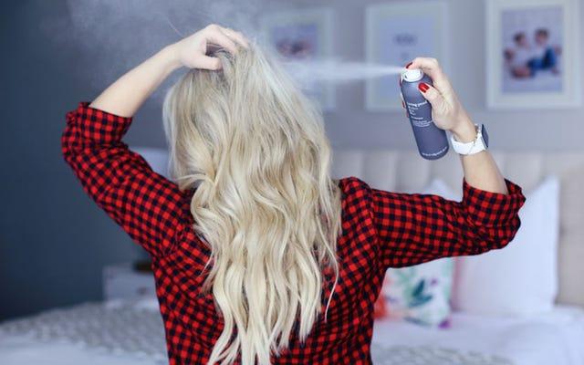 Idealny dzień włosów to nie tylko nazwa tego suchego szamponu