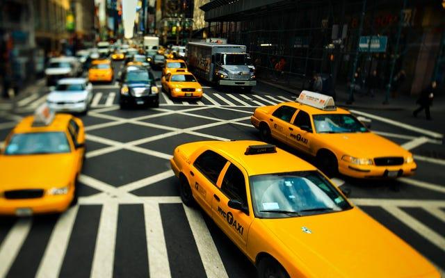 Cara Menemukan Mobil Polisi NYPD yang Menyamar sebagai Taksi Kuning