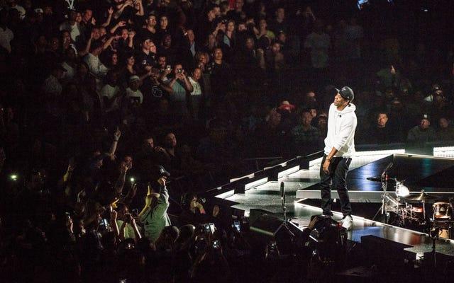 워싱턴 DC의 Jay-Z 4:44 투어 스탑에갔습니다. 무슨 일이 있었는지