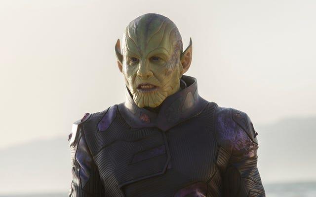 Versi awal Dark Phoenix sangat mirip dengan Captain Marvel bahkan memiliki Skrulls