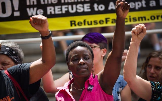 Un manifestant de la Statue de la Liberté reconnu coupable de toutes les accusations, reste ferme: `` Je suis du bon côté de l'histoire ''