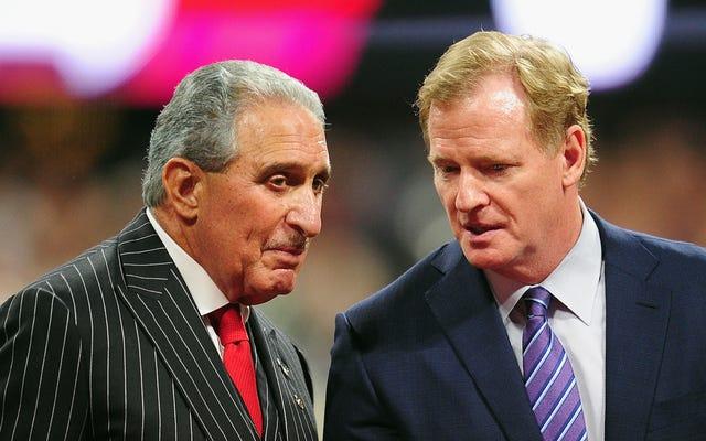Báo cáo: Chủ sở hữu NFL đe dọa trừng phạt Jerry Jones nếu anh ta tiếp tục làm tình với Roger Goodell