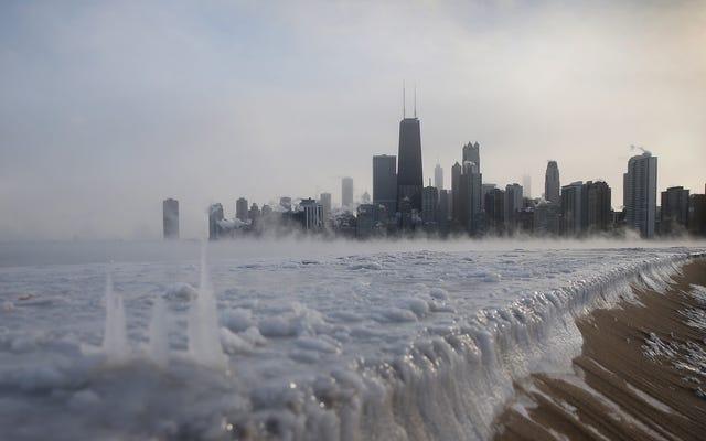 アメリカで寒さとともに現れる「氷の地震」と「雪のスコール」とは