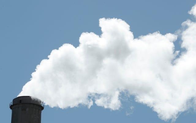 トランプのEPAは、汚染者をもう1つの巨大で有毒な骨に投げ込みます