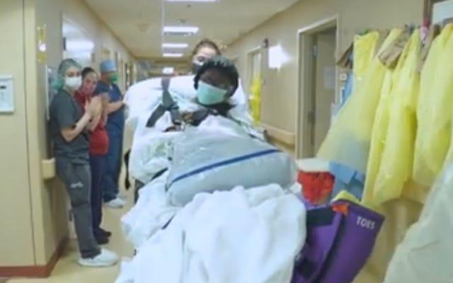 Wanita Kulit Hitam Berusia 99 Tahun Bertahan dari Infeksi COVID-19 Tepat Saat Ulang Tahunnya yang ke-100