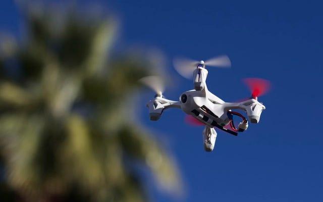 Satın Almadan Önce Pratik Yapmak İçin Bir Drone Simülatörü Kullanın