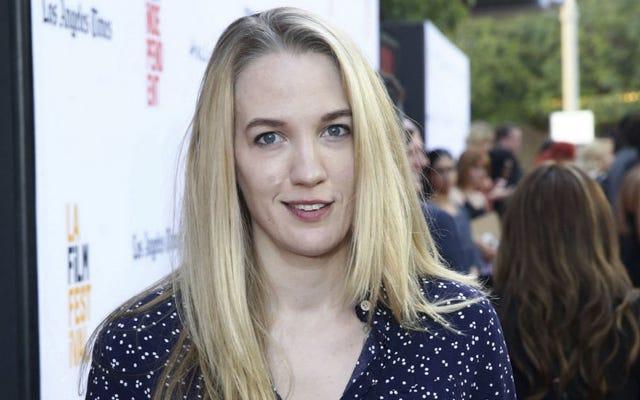 Conoce a Emily Carmichael, el próximo gran nombre en cine de ciencia ficción y fantasía