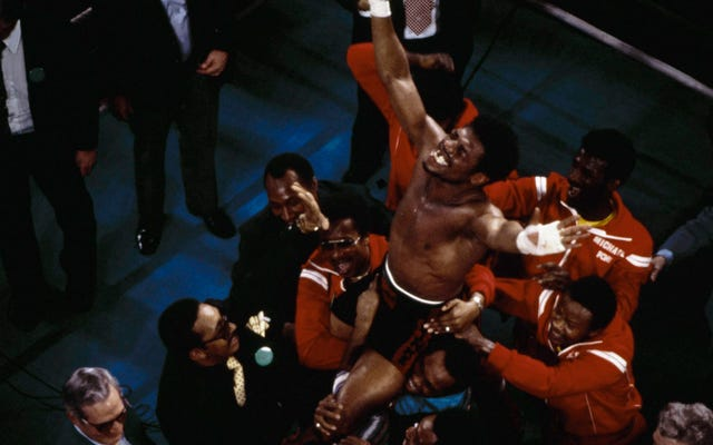 伝説のボクサーと元ヘビー級チャンピオンのレオンスピンクスが67歳で死去
