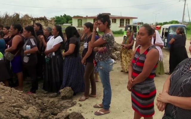 मेक्सिको की महिला और जेंडर-फ्लुइड मक्स इस शहर के भूकंप रिकवरी में अग्रणी हैं