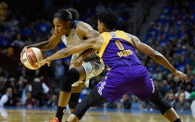 Lynx Menunda Kembalinya Sparks Untuk Mengambil Game 2 Dari Final WNBA
