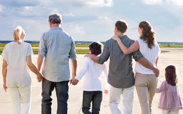 Gia đình Sackler cảm thấy hoàn toàn ảnh hưởng của dịch bệnh opioid sau khi nhìn thấy điểm trên Tarmac, nơi máy bay riêng từng ở