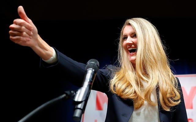 Kelly Loeffler y el Partido Republicano deberían denunciar al candidato socialista radical y anticristiano al Senado de Georgia