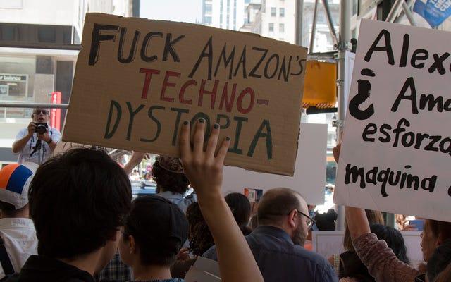 プライムデーのために、ニューヨーカーはジェフベゾスにもっと良くするように命じます