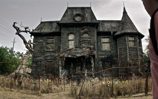 Les 19 maisons hantées les plus effrayantes et les plus effrayantes du cinéma et de la télévision