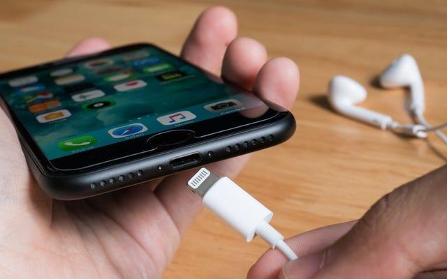 Perché il tuo prossimo iPhone potrebbe non avere una porta Lightning