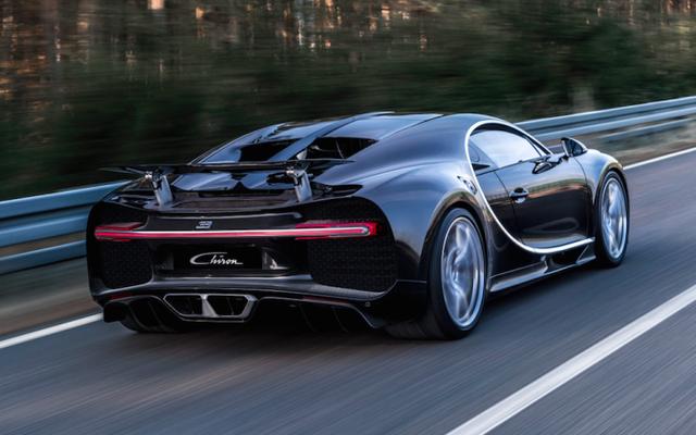 अविश्वसनीय तकनीकें जो बुगाटी चिरोन को दुनिया की सबसे शक्तिशाली कार बनाती हैं