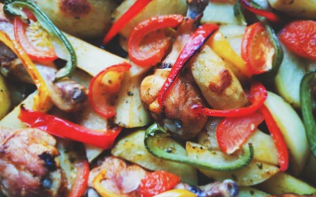 Griller les légumes avant de les mariner ou de les mariner