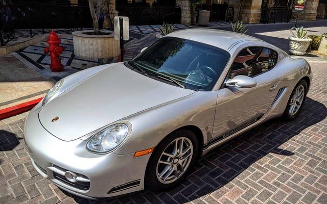 Với giá $ 16,900, chiếc Porsche Cayman Crocodile 2007 này có thể làm rung chuyển thế giới của bạn không?