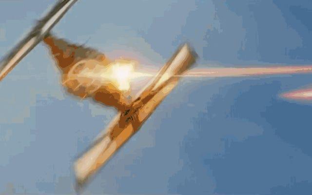 ミレニアムファルコンは、スターウォーズのロッキードP-38ライトニングです