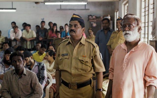 Tòa án giải quyết hệ thống pháp luật Ấn Độ thông qua cuộc sống của những người tham gia