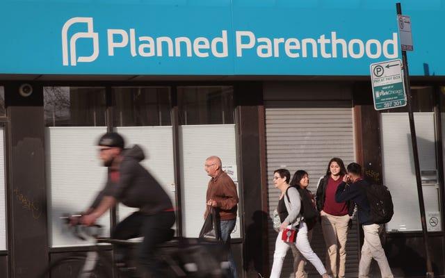 新しい中絶クリニックを開くのがとても難しい理由