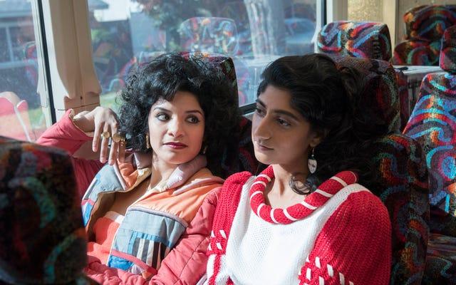 GLOWがキャンセルされる前に、Sunita Maniと共演者は、より良い表現を求める手紙をNetflixに送信しました。