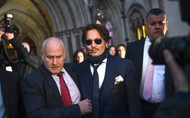 ロンドンコートは、ジョニー・デップがアンバー・ハードを虐待したと主張するタブロイド紙に対する名誉毀損訴訟でより多くの証拠を聞く