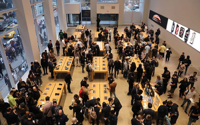 Apple chercherait à rouvrir des magasins en mai