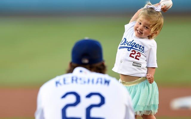 क्लेटन Kershaw है एक बहुत अच्छा खेल बेबी और एक अच्छा ठीक खेल बेबी