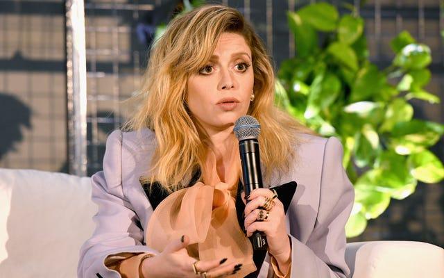 Natasha Lyonne dit que la salle des écrivains de la poupée russe de toutes les femmes lui a donné la dimension de son personnage